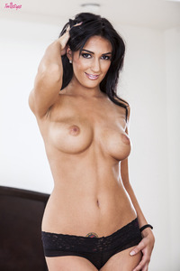 Amber Cox and her big boobs