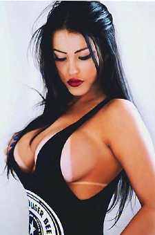 Busty Brazilian Hottie Claudia Alende